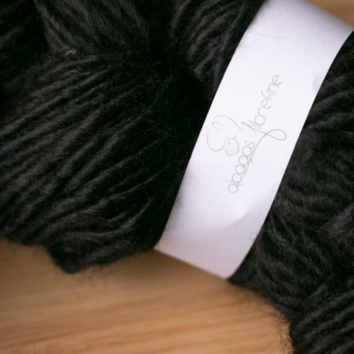 Fil alpaga type lopi noir (couleur naturelle, sans teinture)