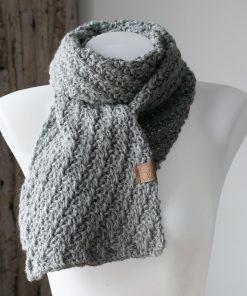 Foulard alpaga diagonale Nala gris clair couleur naturelle sans teinture