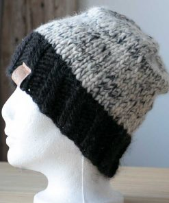tuque alpaga simplicité blanc et noir (couleurs naturelles,non-teint) en fil de type lopi